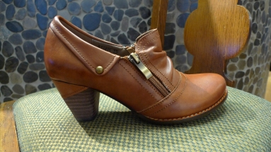 Italmoda Shoe in Brown