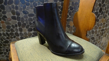 Clarks Short Boot in Black