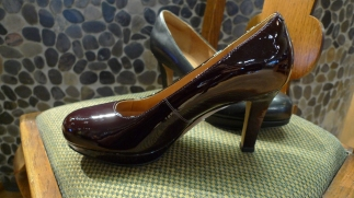 Clarks Pumps in Plum