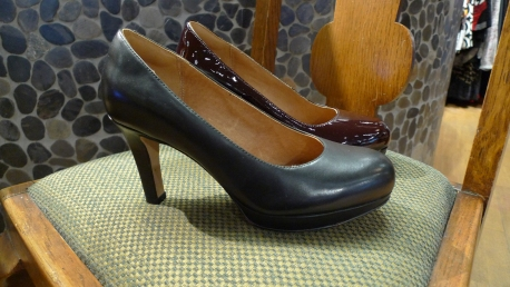Clarks Pumps in Black