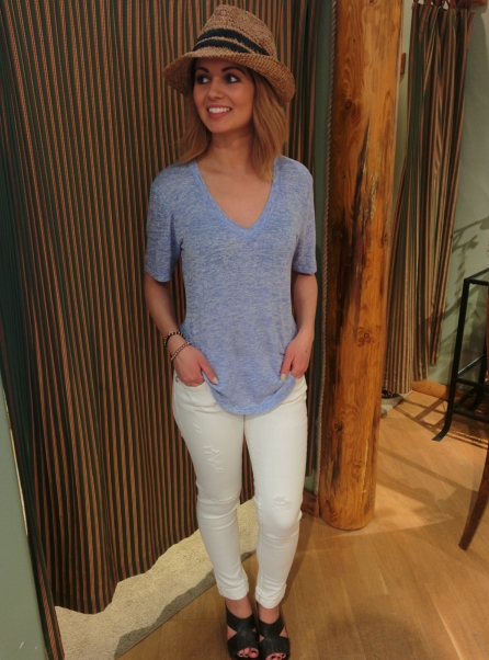 Shirt: Bobi, Jeans: Miss Me